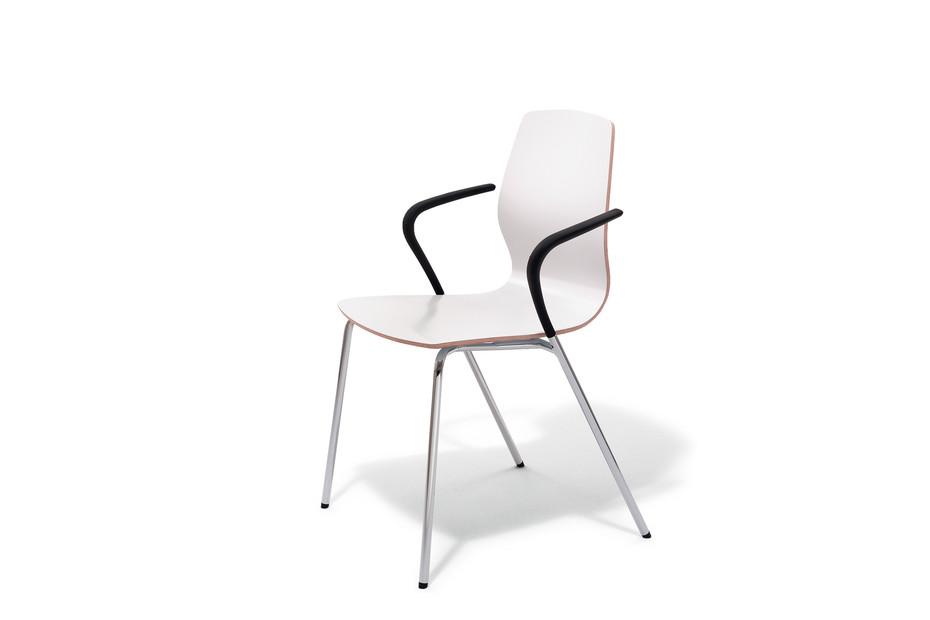 Mezzo armchair