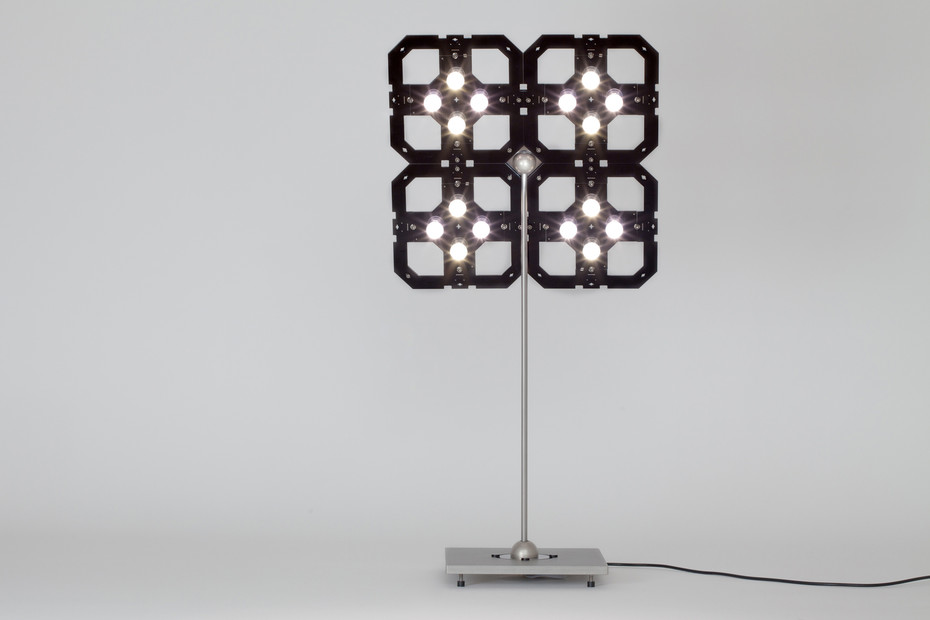 Cluster+ table lamp