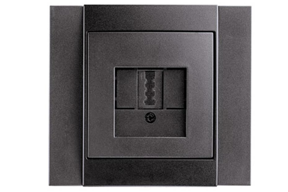 B.1 phone-socket