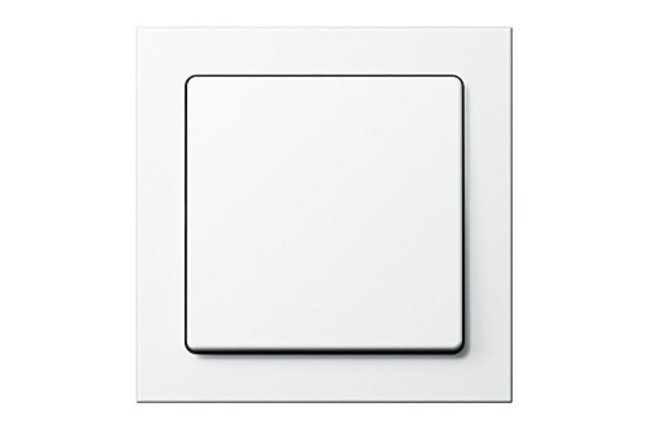 Q.3 switch