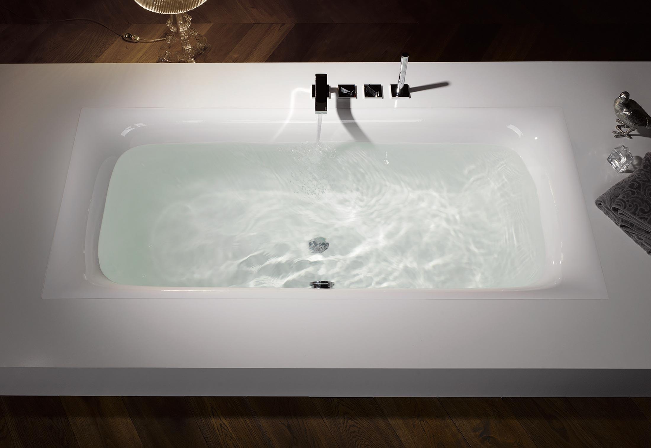 bettelux badewanne von bette stylepark. Black Bedroom Furniture Sets. Home Design Ideas