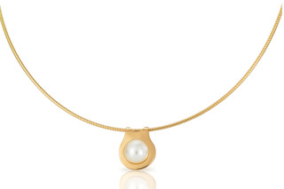 Oyster necklace  by  Biegel