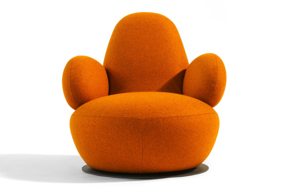 Oppo armchair low
