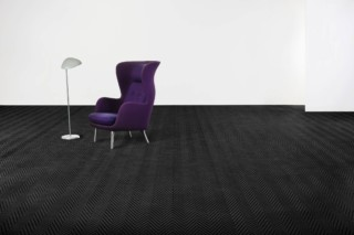 Graphic Herringbone Black  von  Bolon