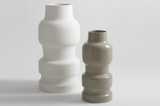 ...Issima! vase 1  by  Bosa