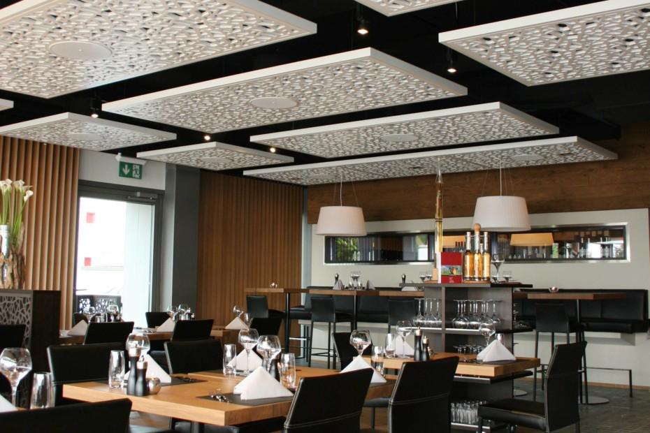 Formboard, Restaurant Marina