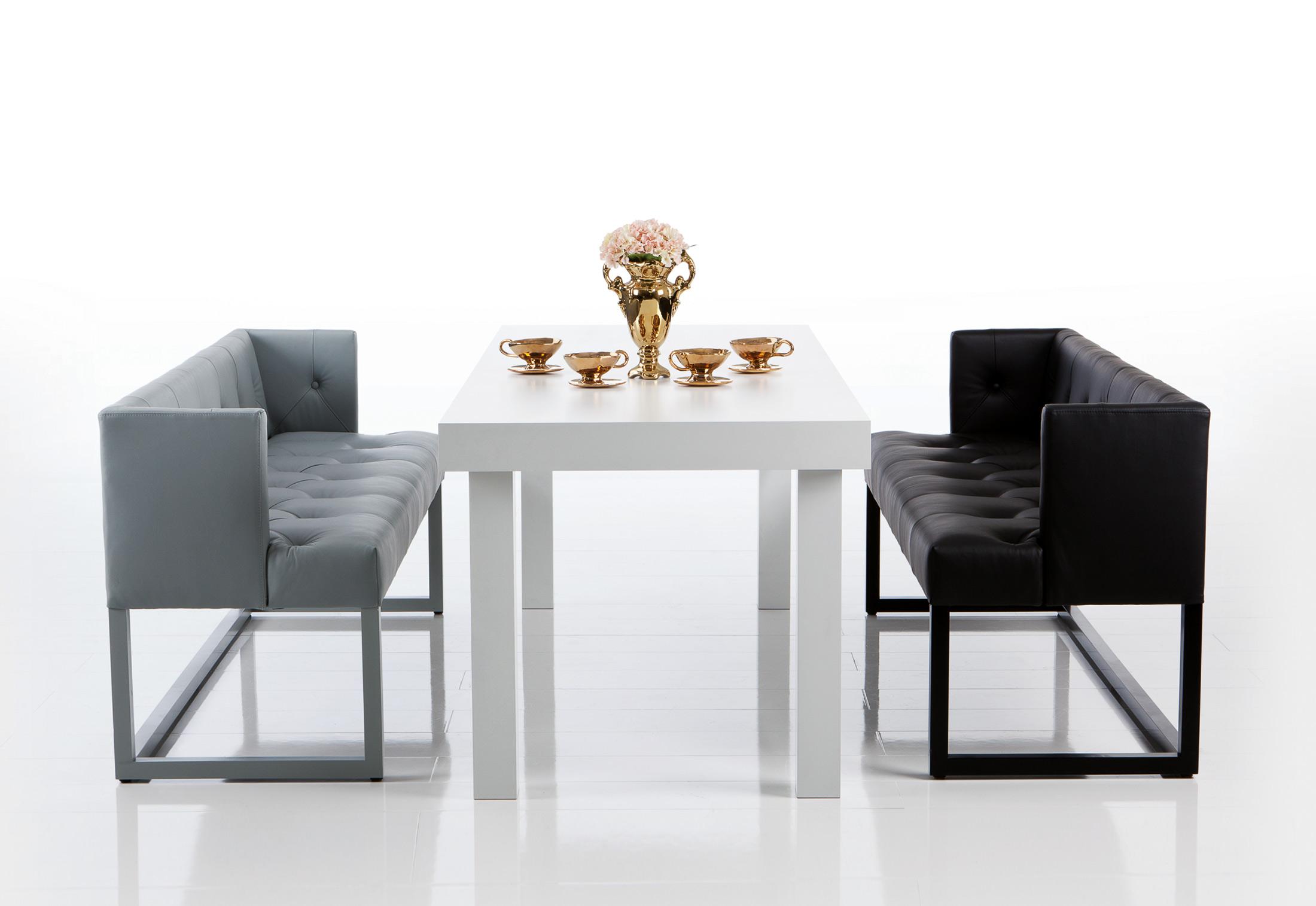 belami bank kapitoniert mit r ckenlehne von br hl stylepark. Black Bedroom Furniture Sets. Home Design Ideas