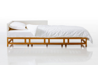 Easy Pieces bed  by  Brühl