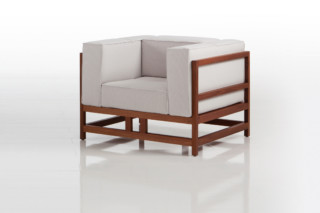 Easy Pieces lodge armchair  by  Brühl