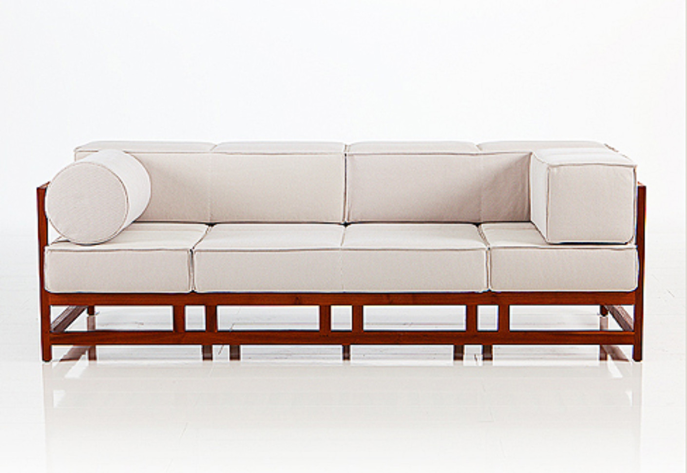 Easy Pieces Lodge sofa by Brühl
