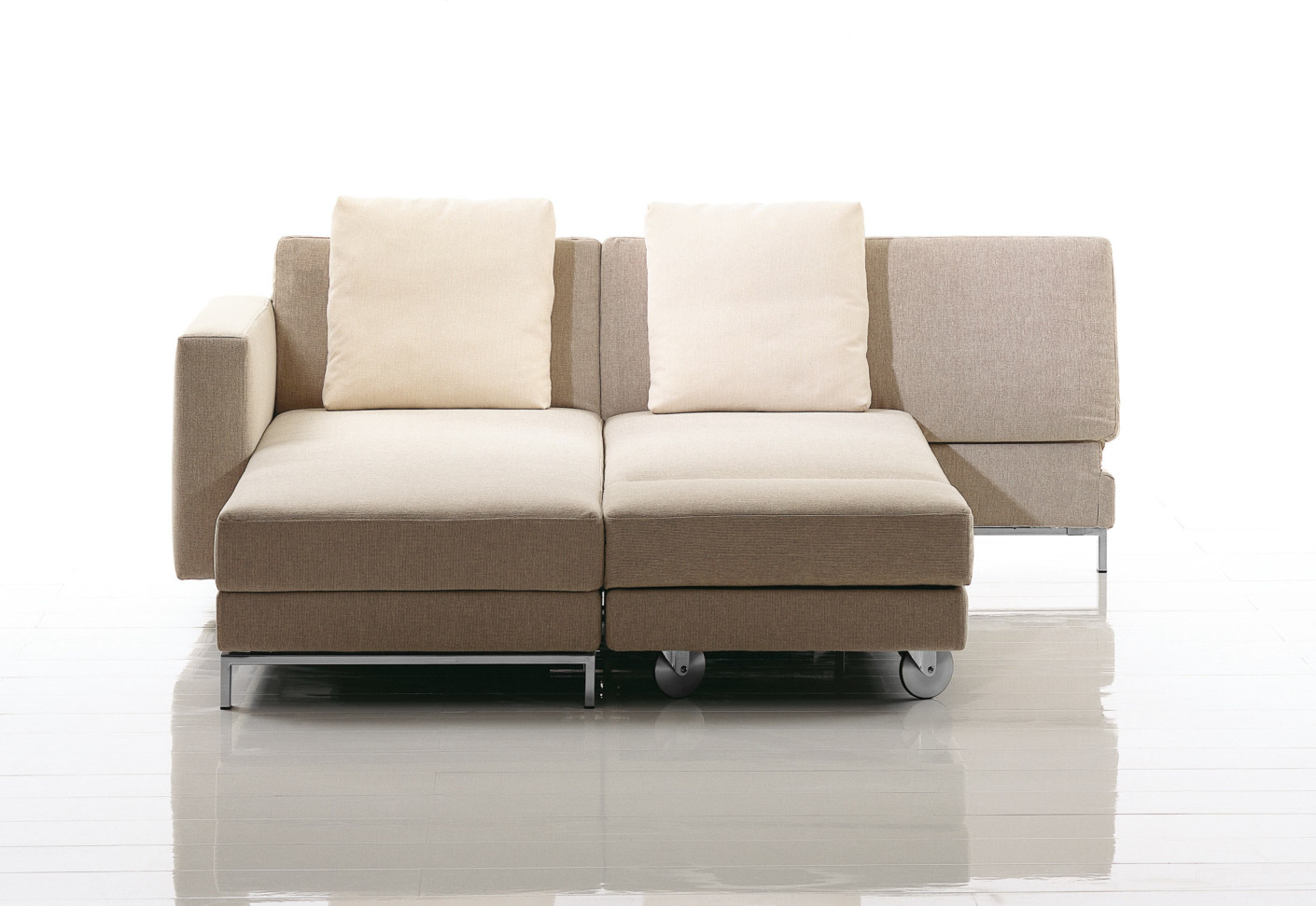 four two by br hl stylepark. Black Bedroom Furniture Sets. Home Design Ideas