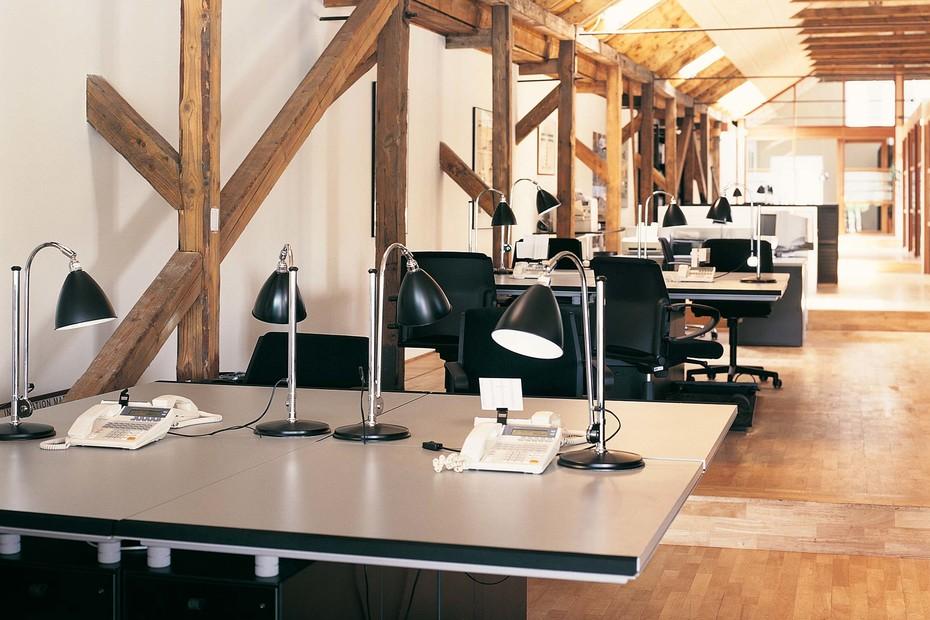 M2 Desk