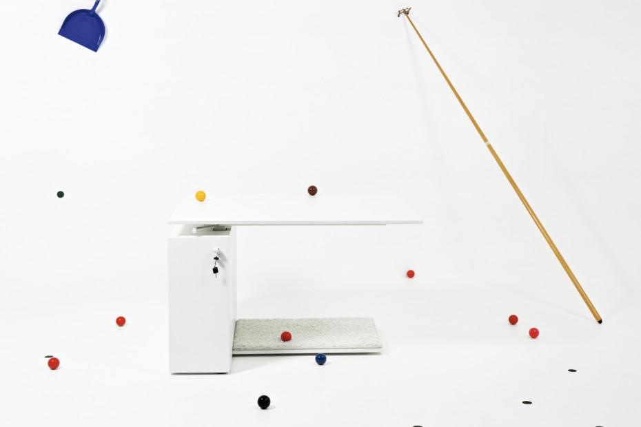 Mtoo Schreibtisch