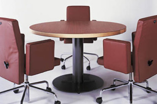 Normal Meeting table round  by  BULO