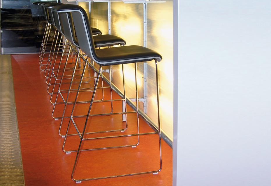 TAB Bar stool