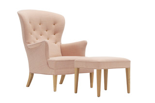 The Heritage Chair  by  Carl Hansen & Søn
