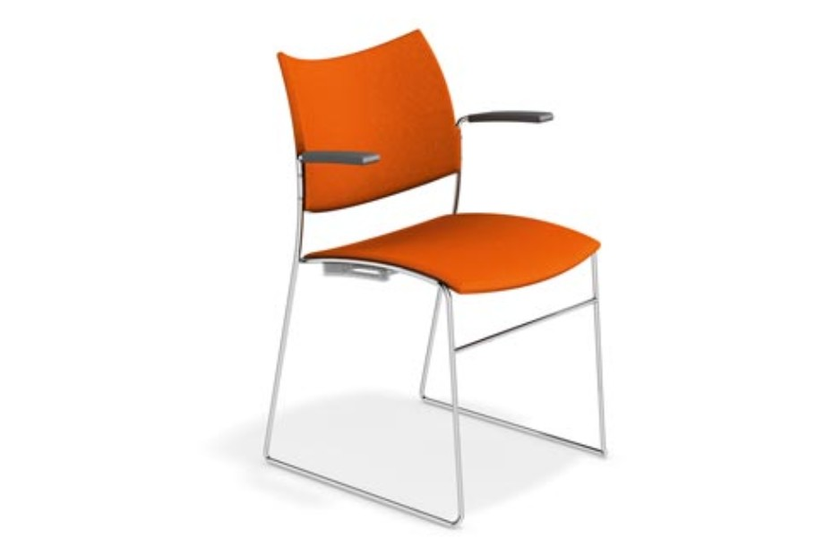 Curvy with armrests