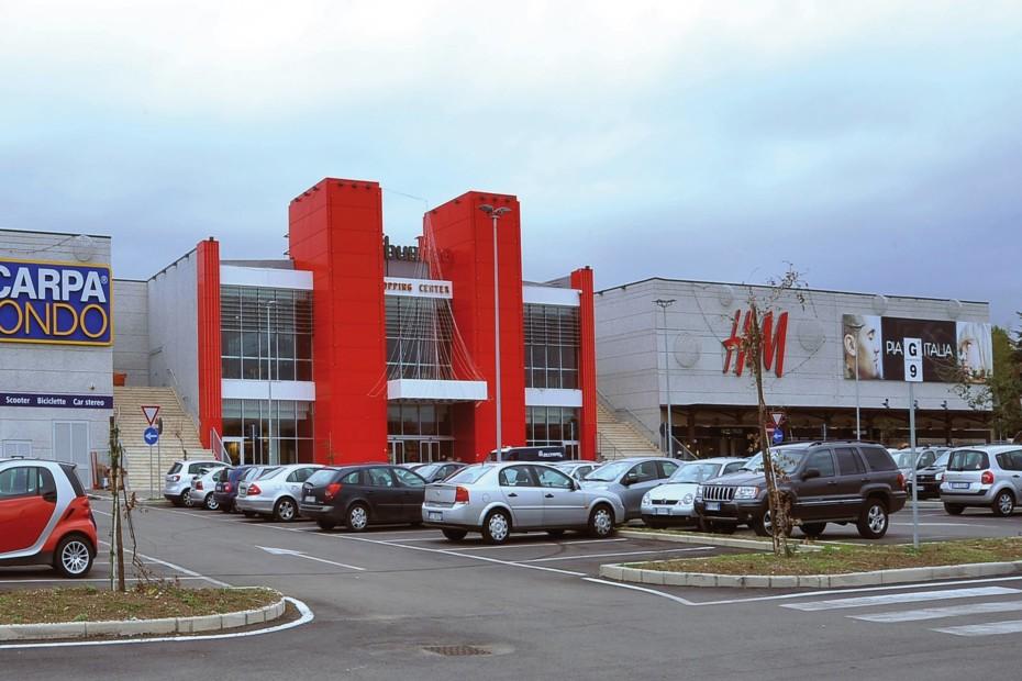 Shoping centre ceramic