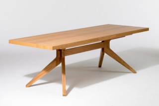 Cross extending dining table  by  Case