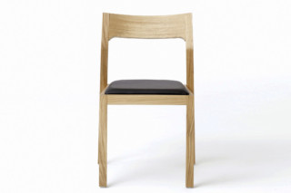 Profile chair  by  Case