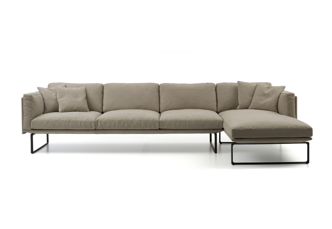 8 sofa by cassina stylepark for Edit 03 sofa