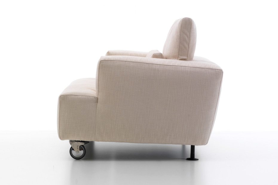 Aire armchair