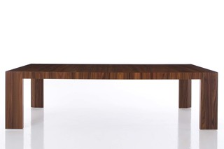 EL DOM table  by  Cassina