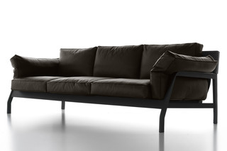 Eloro 3-seater  by  Cassina