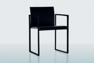 Eve all black  by  Cassina