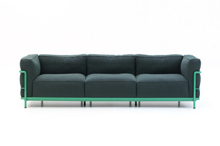 LC2 sofa  by  Cassina