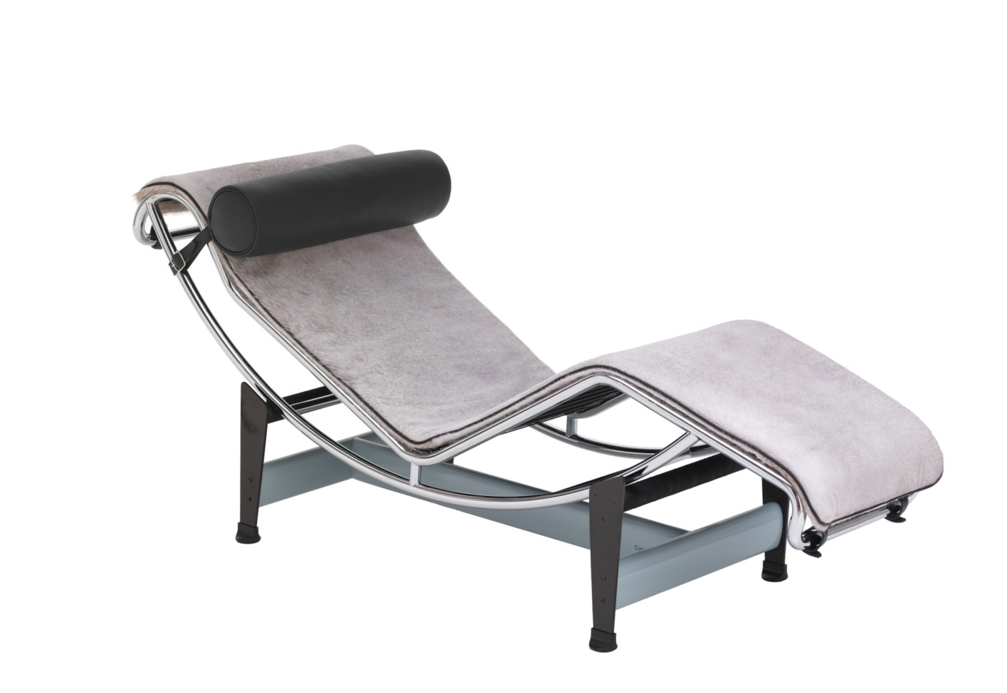 Lc4 villa church chaise longue by cassina stylepark for Chaise longue history