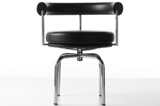 LC7  by  Cassina