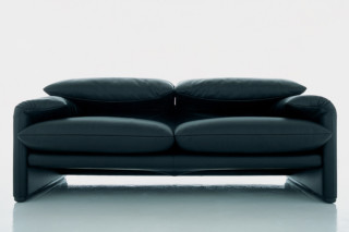 Maralunga 2-seater sofa  by  Cassina