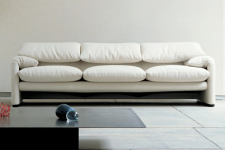 maralunga 3-seater sofa  by  Cassina