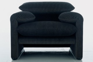 Maralunga armchair  by  Cassina