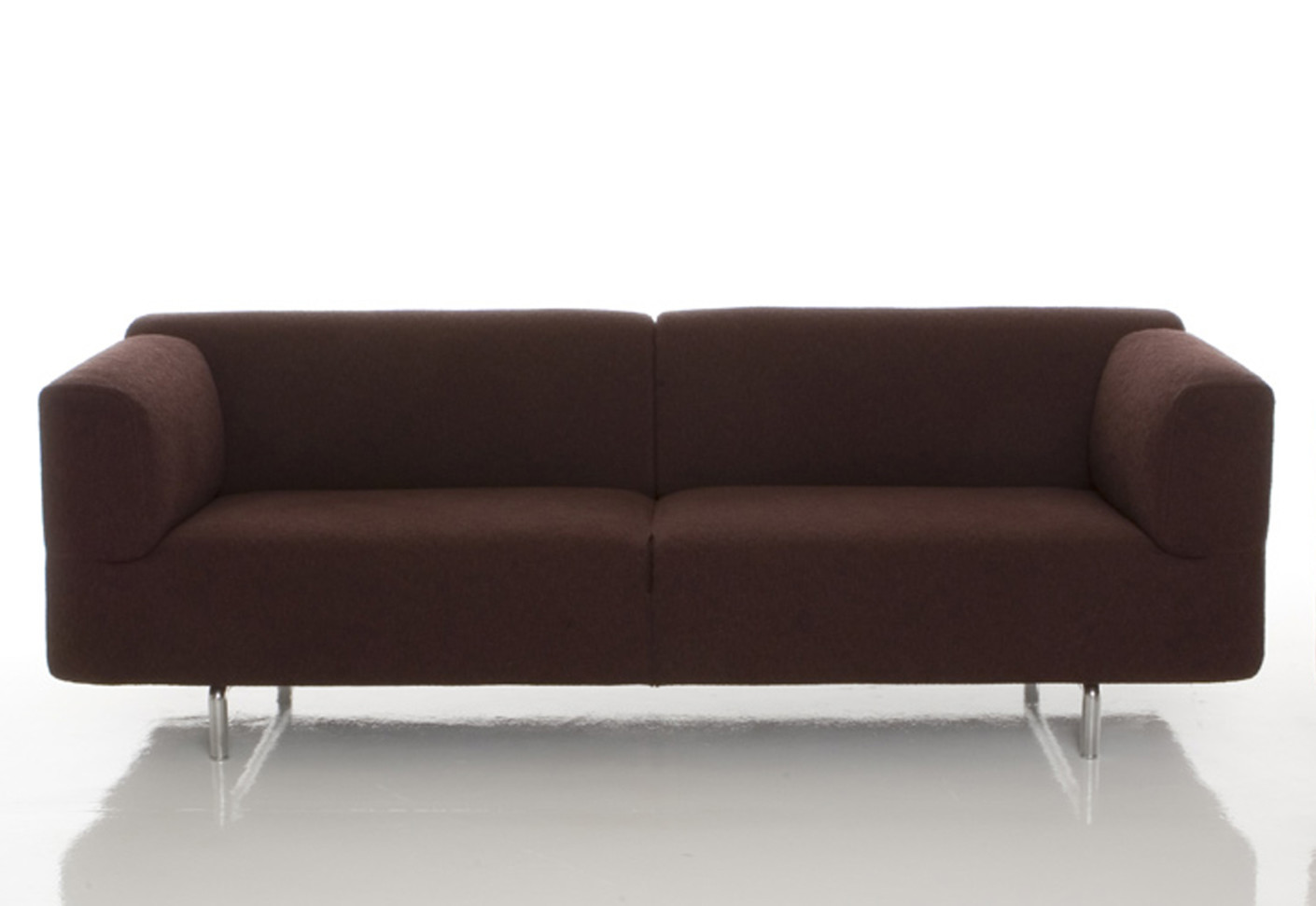 met 2 sitzer sofa von cassina stylepark. Black Bedroom Furniture Sets. Home Design Ideas