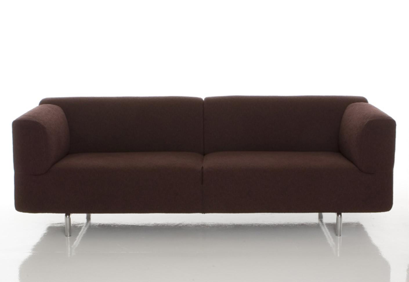 berdimensionierter lesestuhl und ottomane m belideen. Black Bedroom Furniture Sets. Home Design Ideas