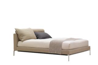Moov Bett  von  Cassina