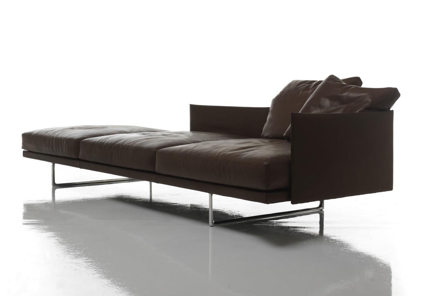toot sofa von cassina stylepark. Black Bedroom Furniture Sets. Home Design Ideas