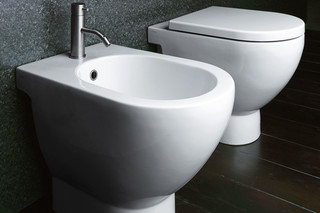 C Bidet 54  by  Catalano