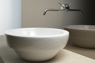 Roma 45 decoro washbasin  by  Catalano