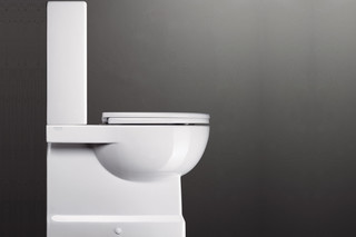 Roma 62 WC Monobloc  by  Catalano