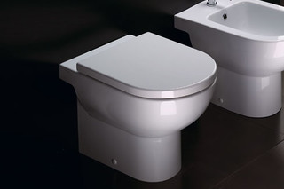 Sfera WC 54  by  Catalano
