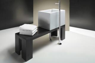 Verso 65 su banca wash basin  by  Catalano