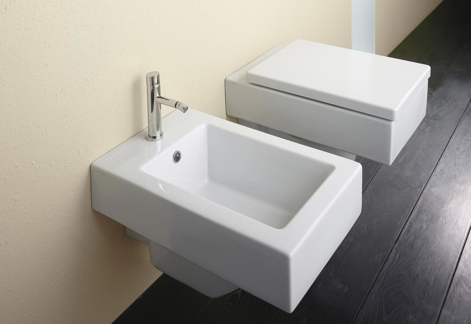 verso bidet 53 wall hung by catalano stylepark. Black Bedroom Furniture Sets. Home Design Ideas