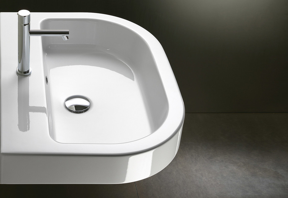 Zero 67 washbasin