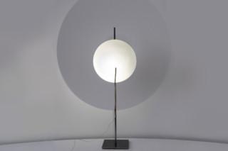 Full Moon Tavolo  von  Catellani & Smith