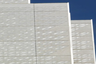 Facade covering, Congress Palice, Zaragoza, Spain  by  Ceramica Cumella