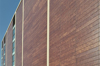 Facade covering, Court building, Terrassa, Spain  by  Ceramica Cumella