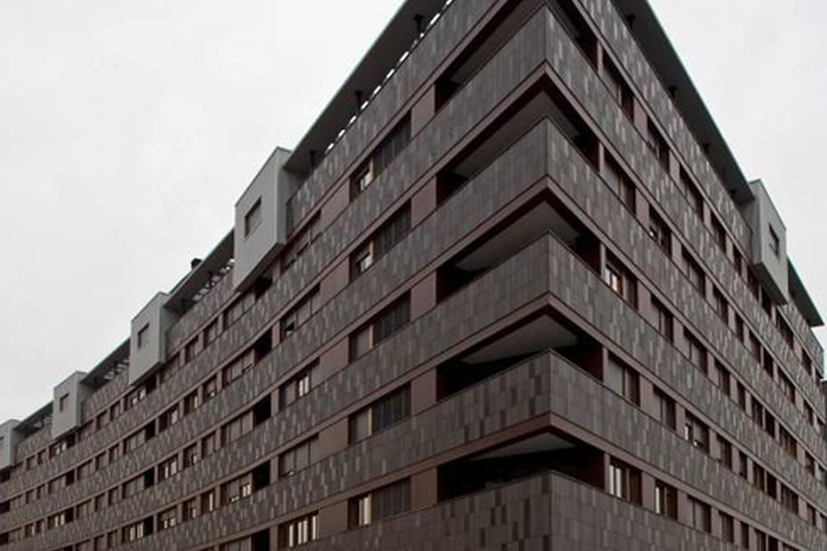 Facade covering, Housing building, Barakaldo, Spain